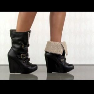 Betsy Johnson Ryderrr Black Wedge Bootie 8.5 Boots